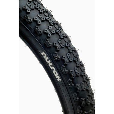 Nutrak Comp tyre black